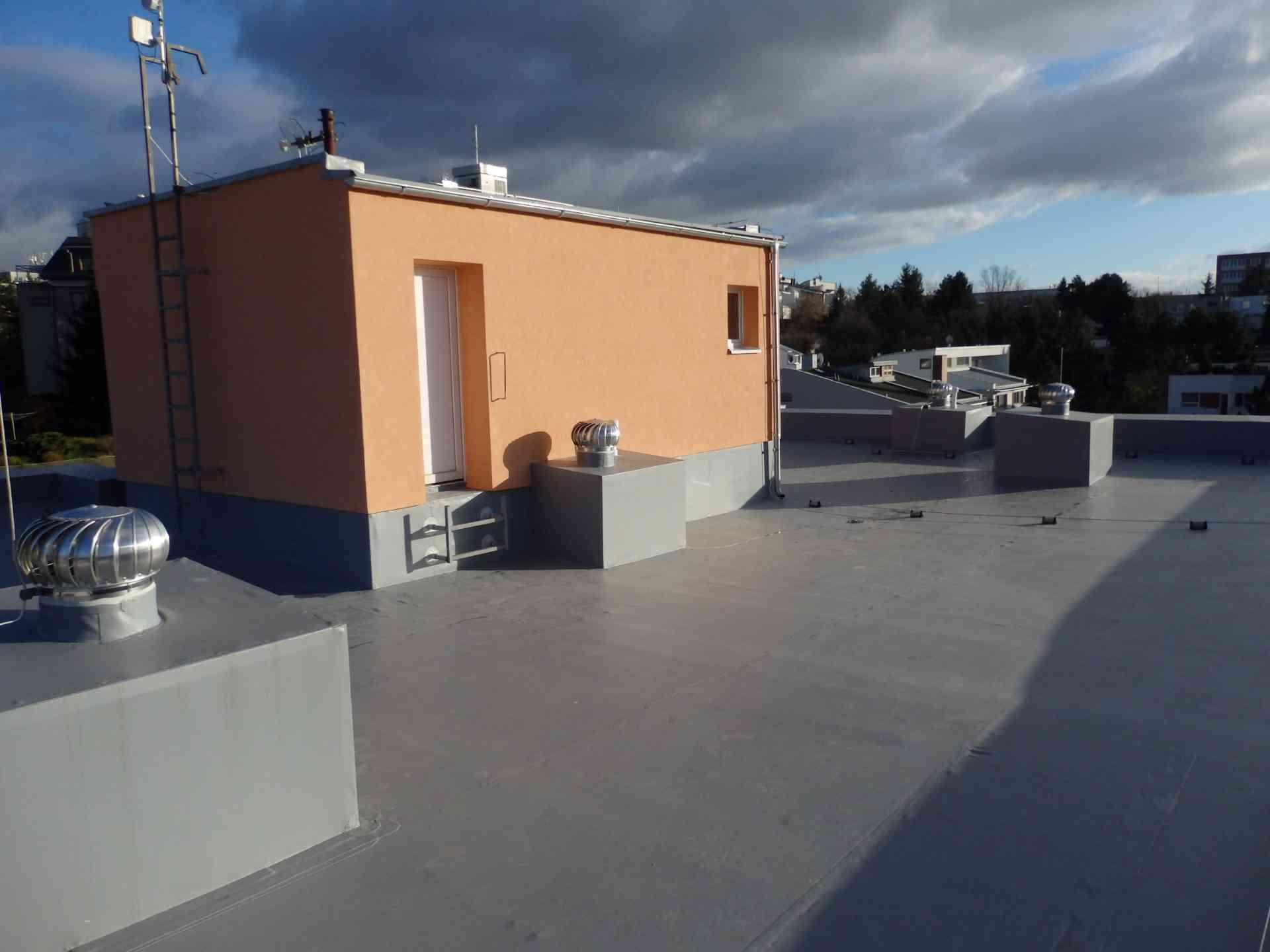střecha nov