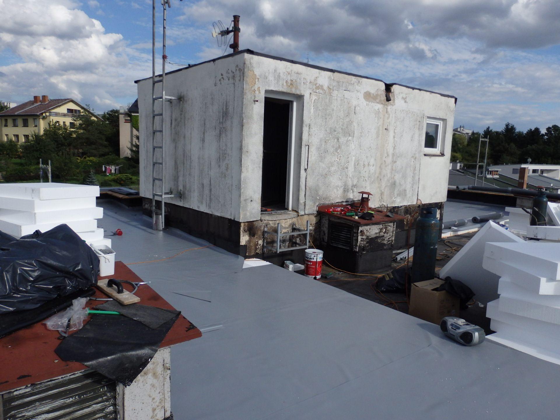 střecha pův